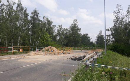 DEMOLICE MOSTU BOŽANOVSKÁ A KRÁTKODOBÁ UZAVÍRKA D11